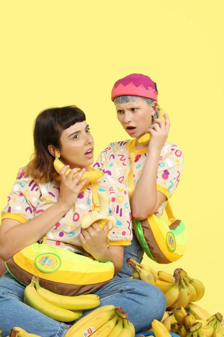 BanannaOnPhone1.jpg