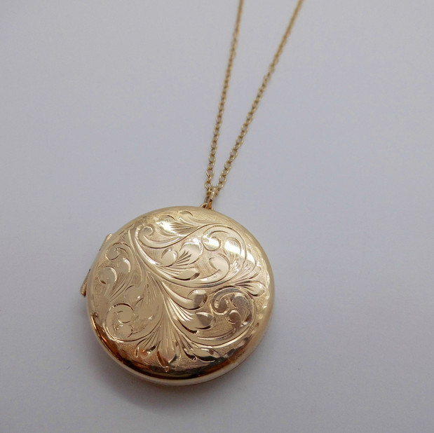 Yellow Gold Locket £559.95 SOLD