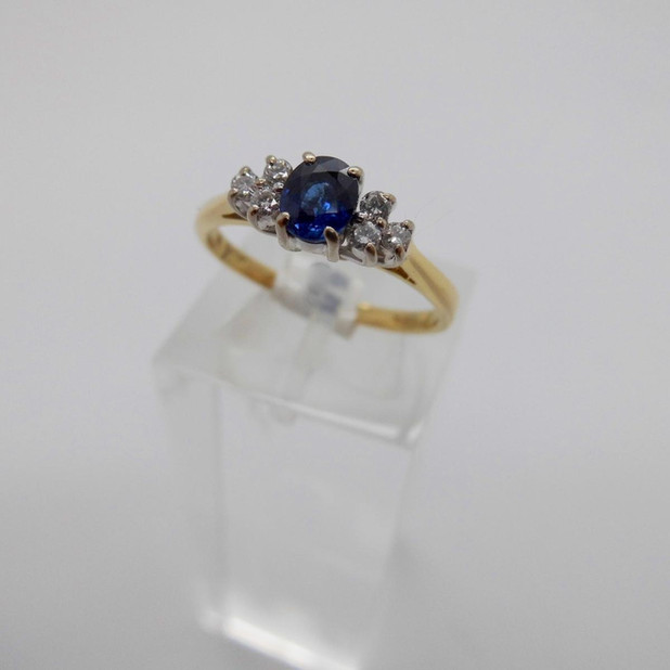 Sapphire and Diamond ring £265.00