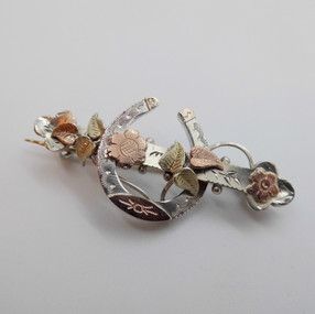 Silver Brooch £24.95 SOLD