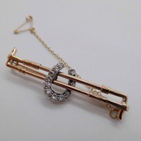 Yellow Gold and Diamond Brooch £350.00
