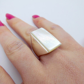 Mother Of Pearl Ring £35.00 SOLD