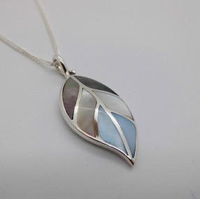 Silver and Mother of Pearl Necklet £39.90 SOLD