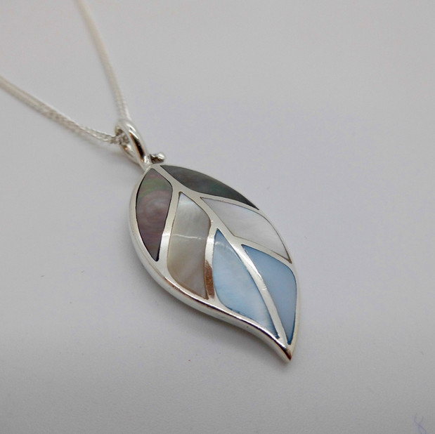 Silver and Mother of Pearl Necklet £39.90