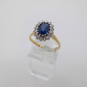 Sapphire and Diamond Cluster £875.00