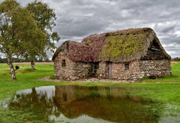 leanach_cottage__culloden_moor-640x438.j