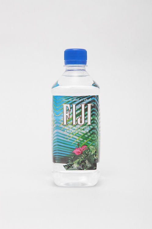 FIJI WATER SMALL 0,5L