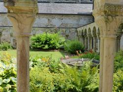 Cloitre abbaye daoulas - Copie