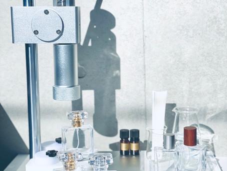 Aroma bottle capper