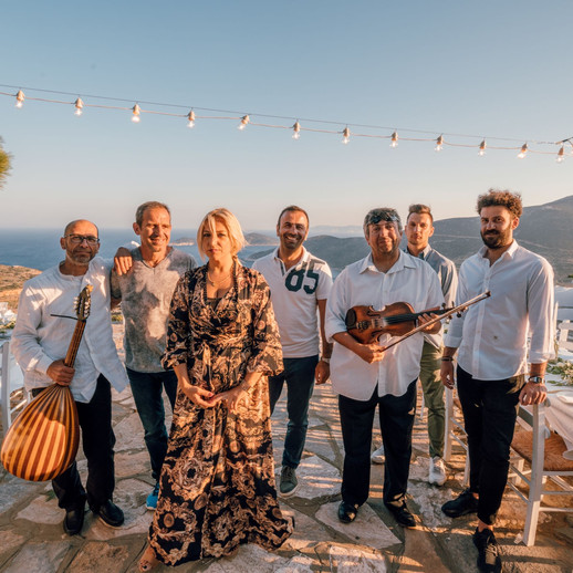 ilovesifnos_team_sifnos_wedding.jpg