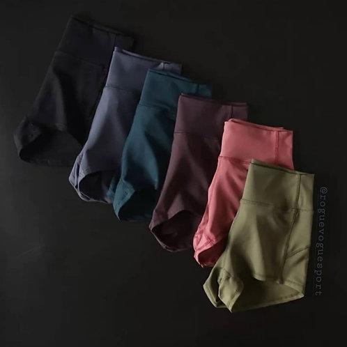 RV Hot Shorts 01 - Black
