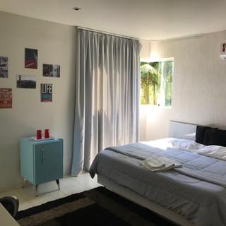 Suite Deluxe - R$300,00 (diária sem o café da manhã)