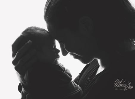 """Photographe """"nouveau né"""" VS Photographe maternité"""