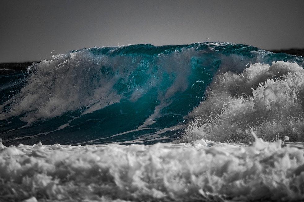 wave-3445011_1920.jpg