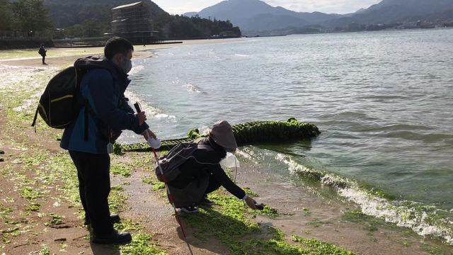 宮島で波の音を感じる