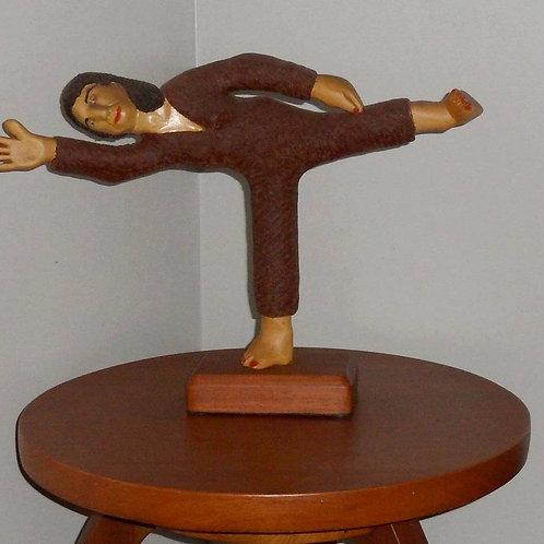 Mantendo o meu Equilíbrio - madeira - por Lazaro Miguel