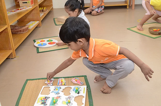 Puzzles brings about focus in a child.