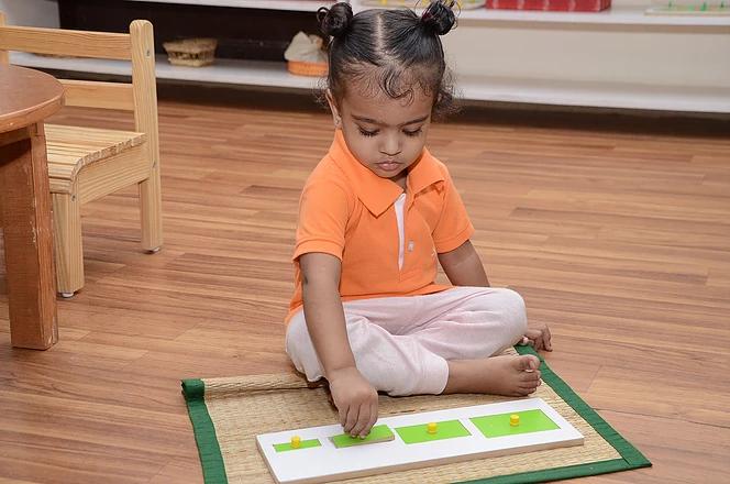 Grading puzzles helps understand superla