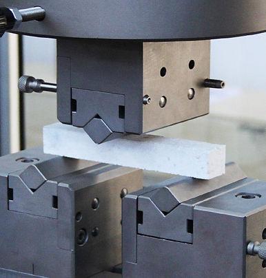 Flexural test of Fiber-Reinforced Plasti