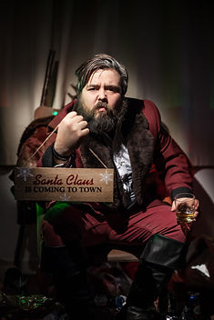 Seven Santas-2836.jpg