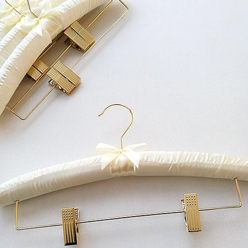 SH-015 金勾海綿衣褲架
