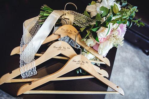 Tina & Yeu 婚禮衣架