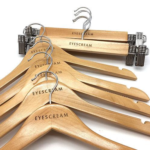 EYESCREAM 品牌服飾