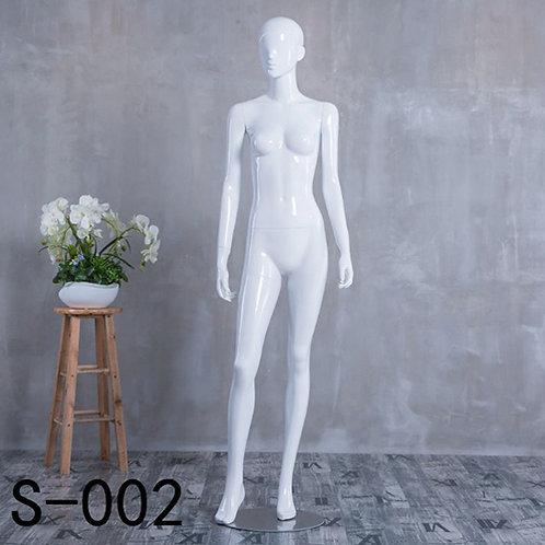 S-002 女模特