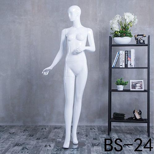 BS-24 女模特