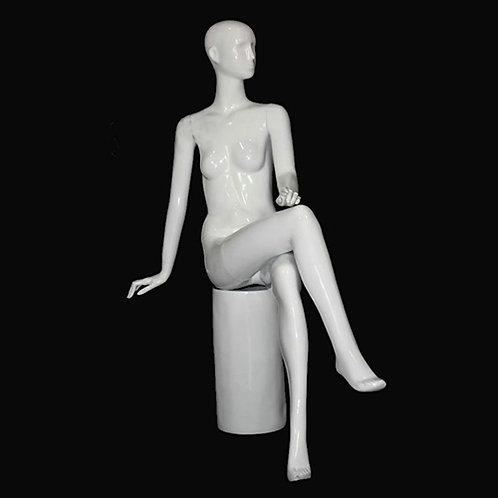 MG-05 女模特