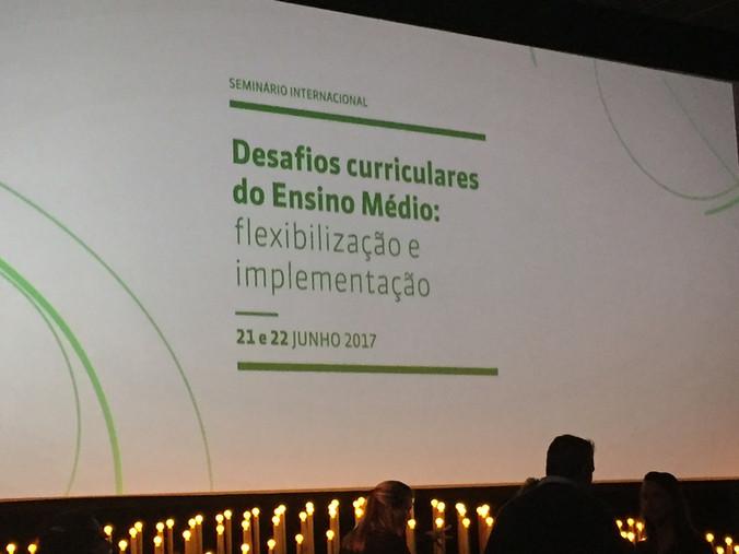 Evento: Seminário Internacional Desafios Curriculares do Ensino Médio