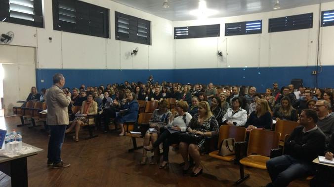 Palestra para Diretoria de Ensino da Região de Jundiaí - SP