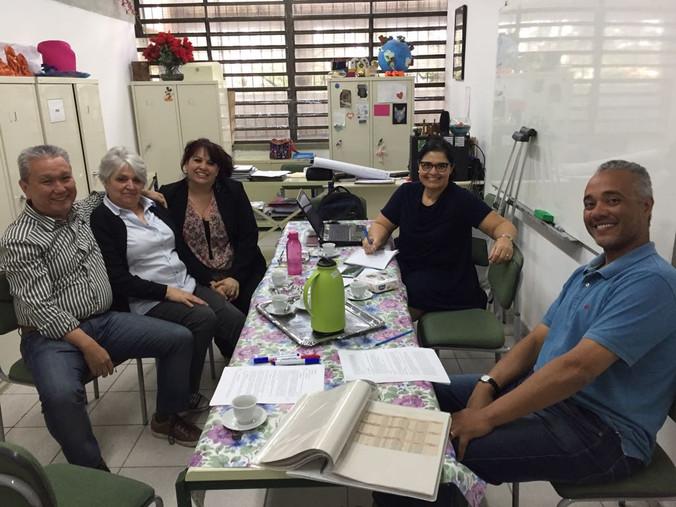 Encontro na Escola Educador Pedro Cia