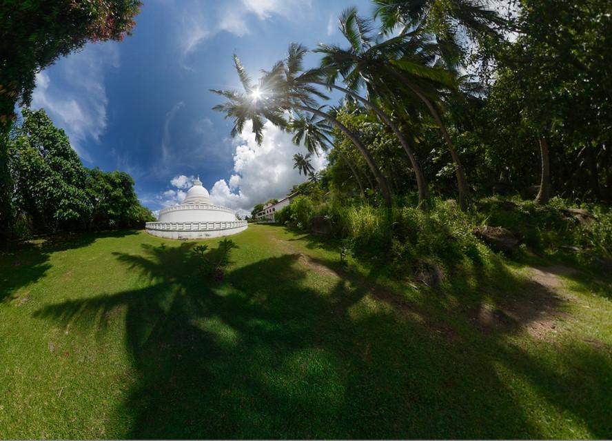 #2 Sri Lanka - Galle - Stupa Jungle Beach