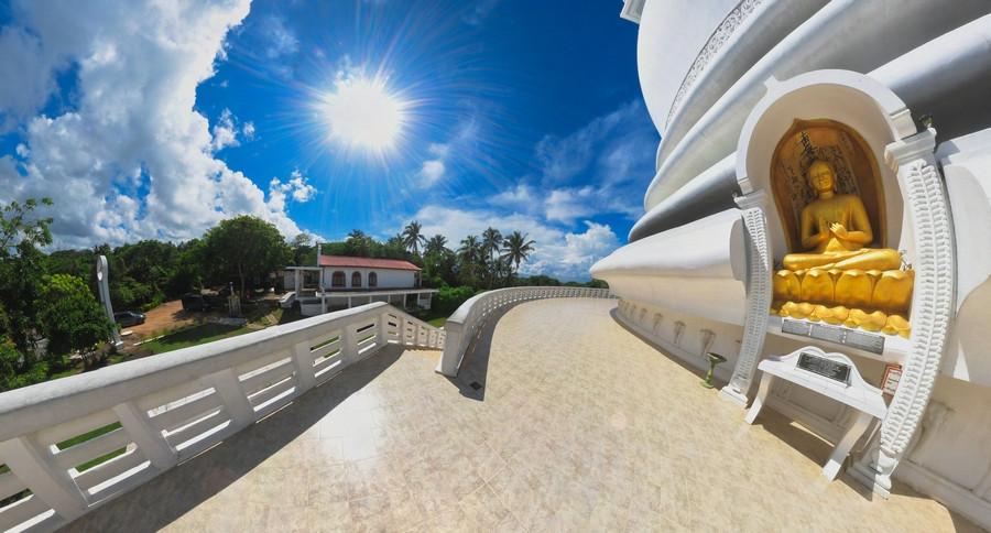 #11 Sri Lanka - Galle - Stupa Jungle Beach