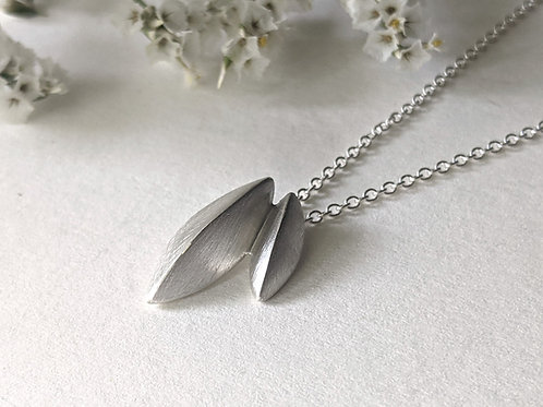 Small Pod Necklace