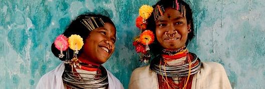 ragazze adivasi in Orissa