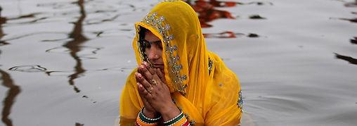 abluzioni nel Gange sacro