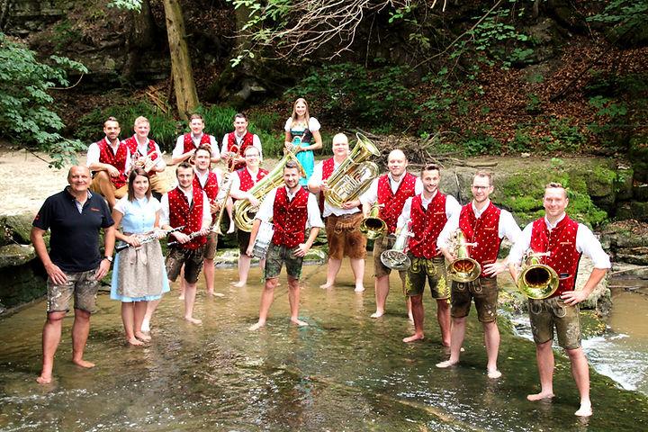 Gruppe Wasser oben_edited.jpg