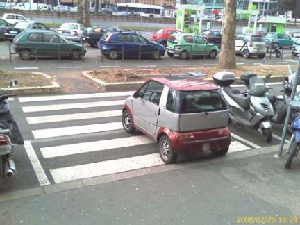minicar_strisce_01.jpg
