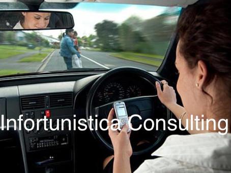 Smartphone al volante, le multe quadruplicano