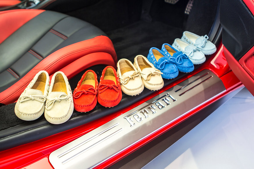 Little driving loafers collection in beige, red and blue