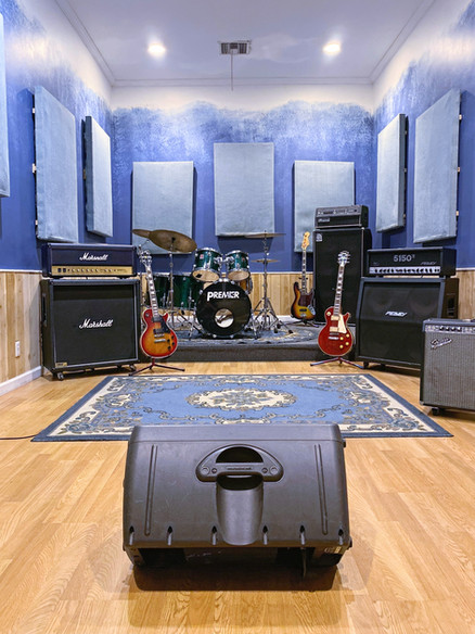 pasadena la los angeles music studio rehearsal space band practice_edited.jpg