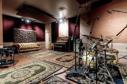 music studio, studio space for rent, cheap recording studio, music room, video production, music vid