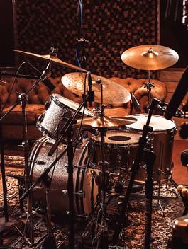 drums recording summit studios recording los angeles pasadena_edited.jpg