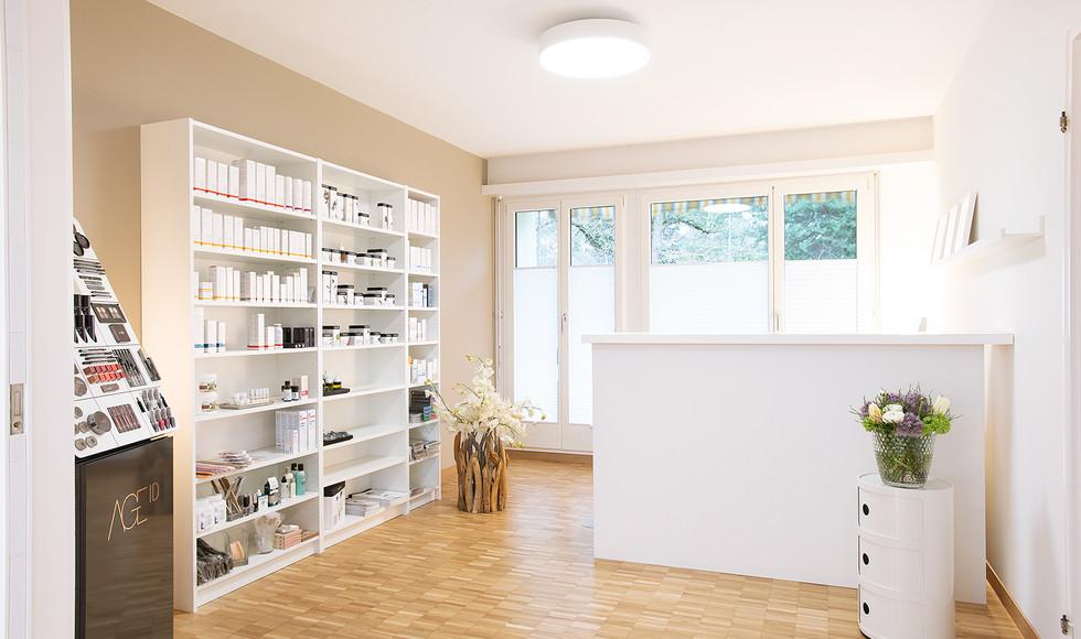 Kosmetik plus B. von Känel, Rüschlikon