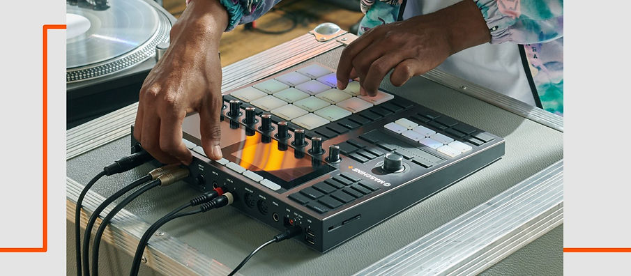 img-ce-maschine-plus-product-page-07-mad