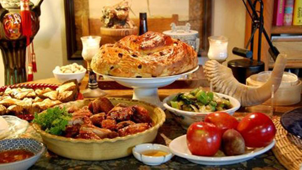Delicious Rosh Hashanah meal