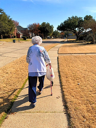 Resident walking | 4 Seasons Senior Living