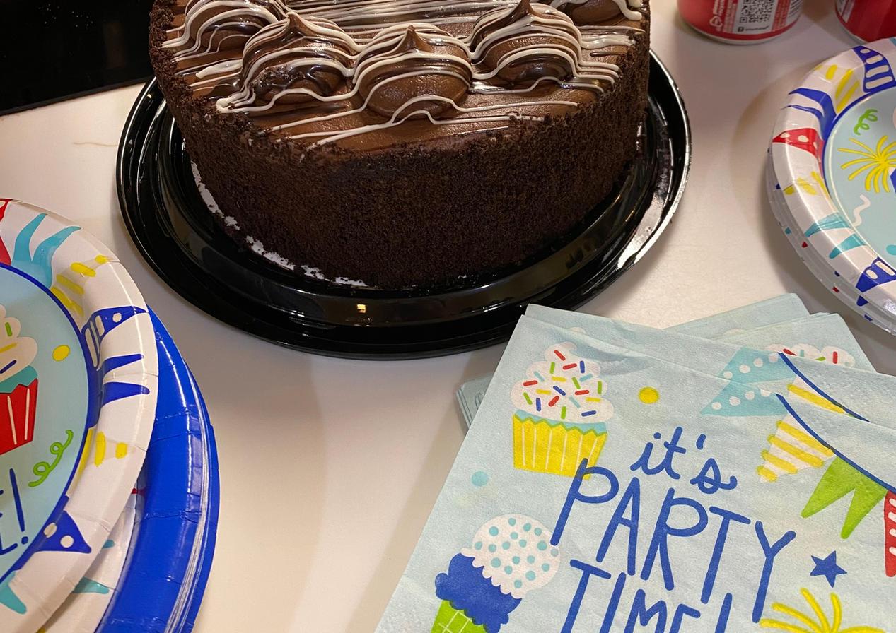senior resident birthday | 4 seasons senior living